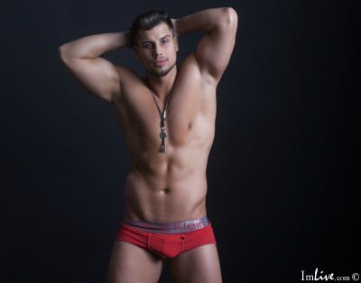ricorickyxxx, 29 – Live Adult gay and Sex Chat on Livex-cams